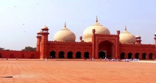 Most Beautiful Mosque in Pakistan