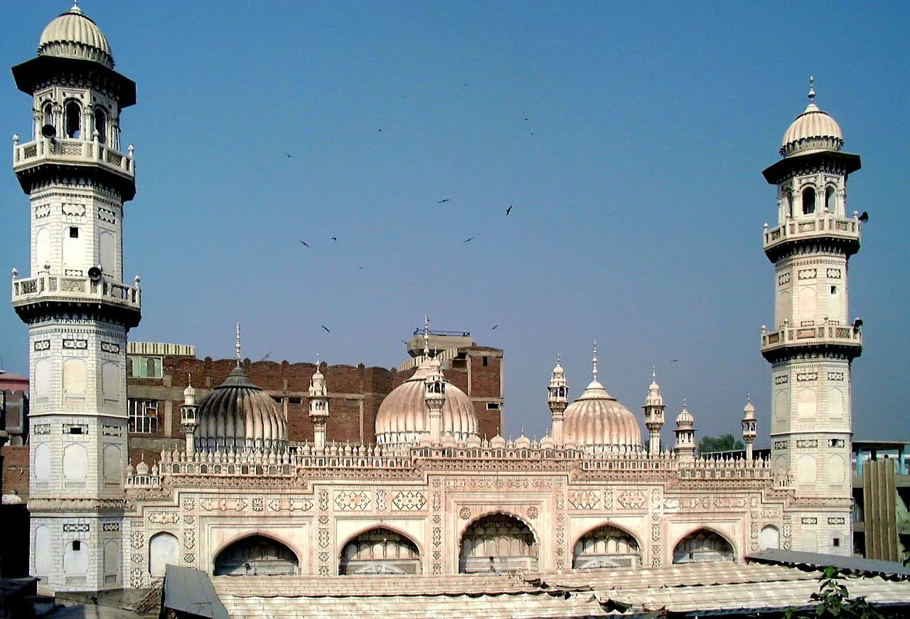 Most Beautiful Mosque in Pakistan Mahabat Khan Masjid
